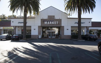 Monarch Beach Market Photo