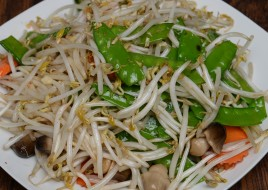 Sauteed Snow Peas with Bean Sprouts