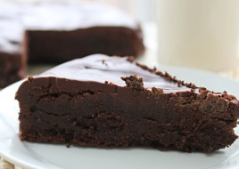 Flourless Chocolate Cake Slice GF