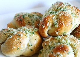 Vegan Garlic Knots
